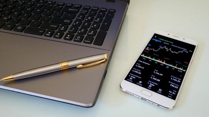 Live: Range Trading, M2 setups, Bollingers & Bitcoin Update